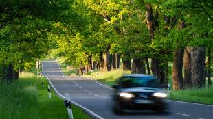 Warunki drogowe będą sprzyjać podróżom. Ślisko jedynie na wschodzie kraju