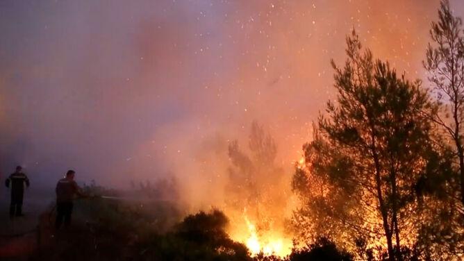 W Grecji mogą rozszaleć się kolejne straszliwe pożary. Alarmy