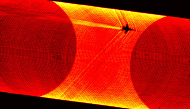 Fale uderzeniowe naddźwiękowców widziane w przybliżeniu