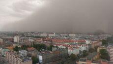 Burza piaskowa nad Szczecinem (Bartłomiej Hauka Smoliński)