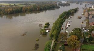 Przekroczone stany alarmowe w kilku miejscowościach na Odrze w województwie lubuskim